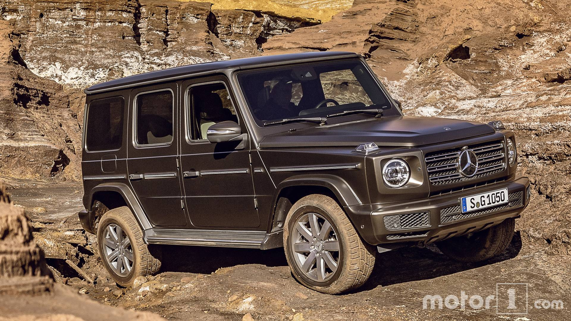 2019 Mercedes Benz G Class See The Changes Side By Side