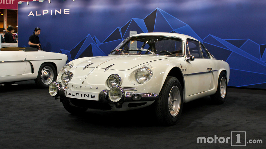 PHOTOS - Alpine au Salon Rétromobile 2017