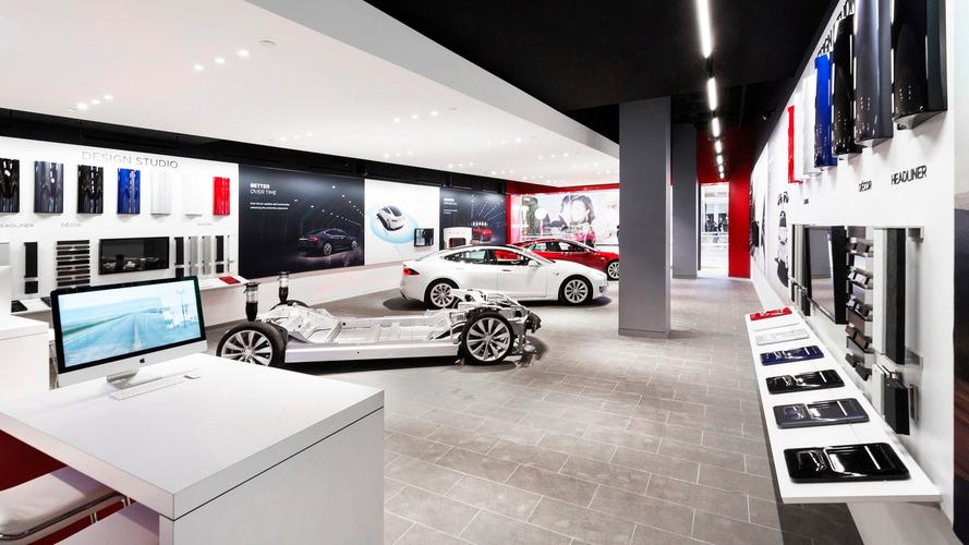 Tesla UK price hike delayed
