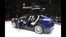 Tesla al Salone di Parigi 2016