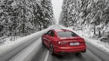Audi RS5 kış foto çekimi
