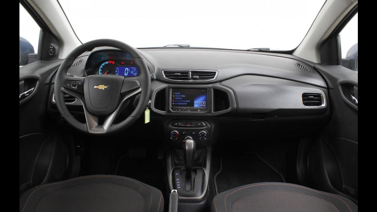 Garagem CARPLACE #4: conforto e detalhes do consumo com etanol do Onix A/T
