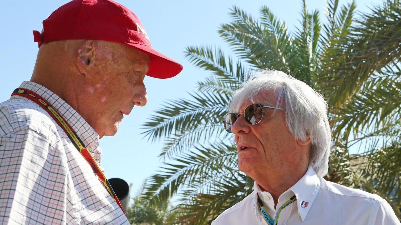 Niki Lauda (AUT) with Bernie Ecclestone (GBR) / XPB