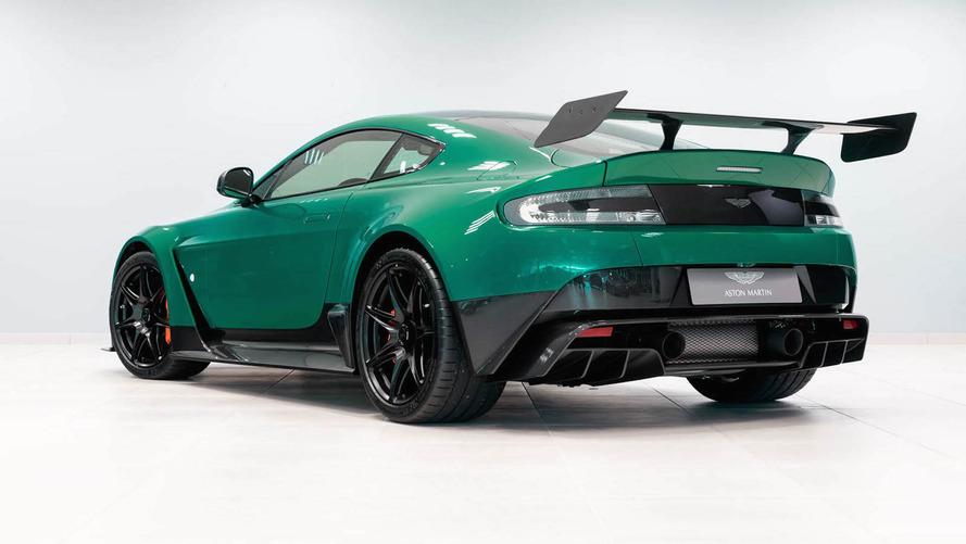 Un Aston Martin Vantage GT12, a subasta