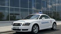 Hungarian traffic police Audi TT
