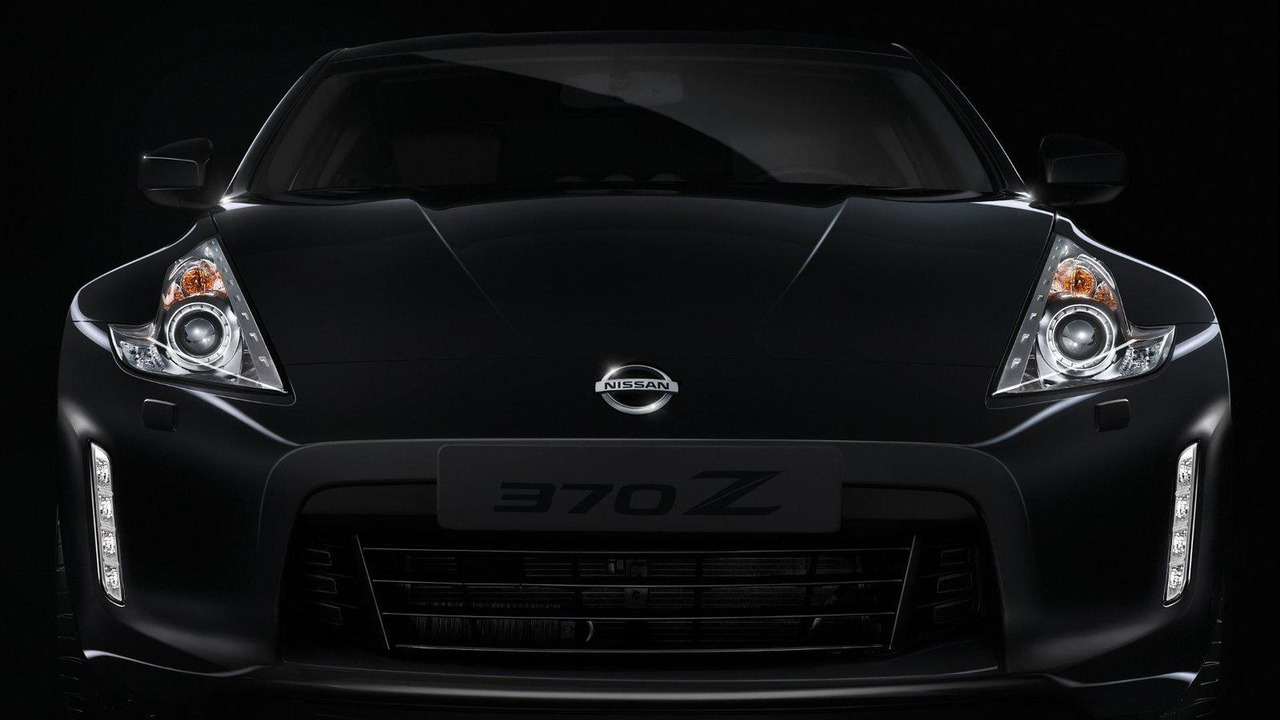 2013 Nissan 370Z facelift teaser photo