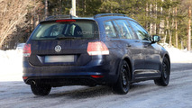 2014 Volkswagen Golf Estate spied virtually undisguised