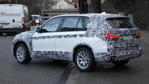 2014 BMW X5 spied wearing less camo