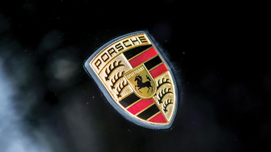 Is This Our First Look At the New Porsche 911 Without Any Camo?