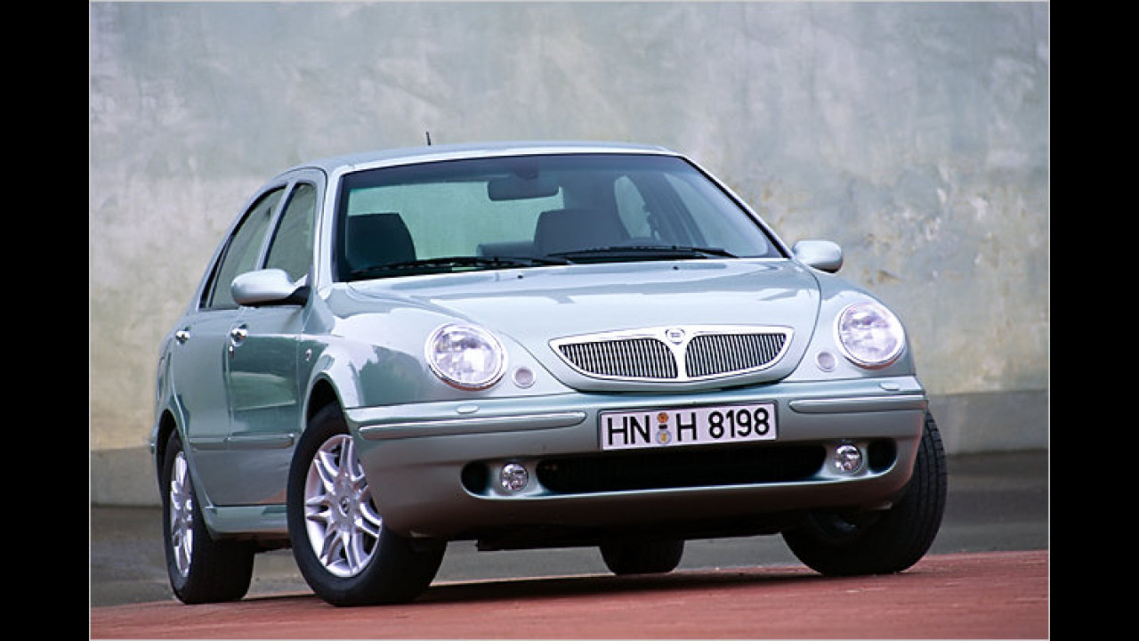 10. Lancia Lybra (2001)