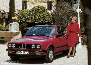 BMW 325i Convertible