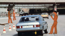 Mercedes 380 SE (W126), change maneuver