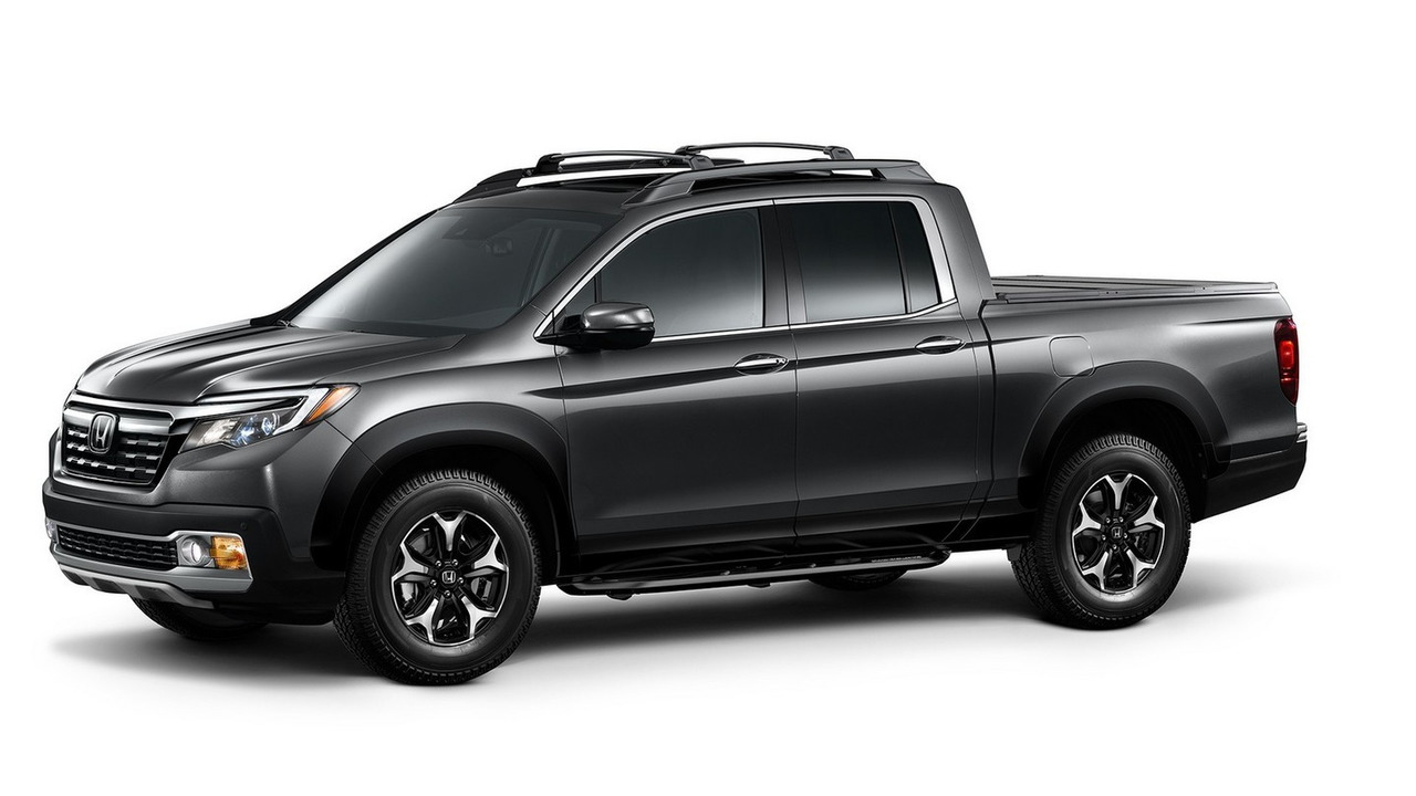 2017 Honda Ridgeline with Genuine Accessories