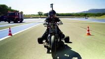 Gücünü sudan alan motosiklet