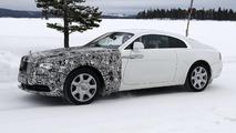 2017 Rolls-Royce Wraith test driver salutes spy photographer