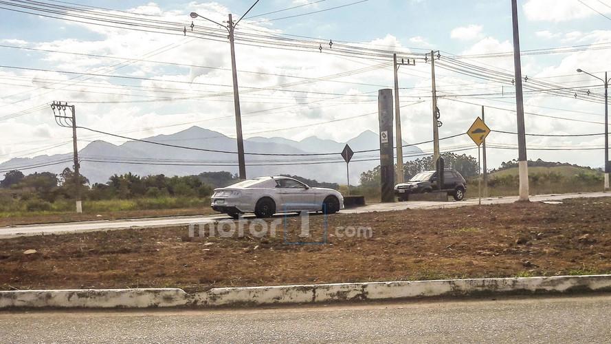Exclusivo! - Ford Mustang, enfim, é flagrado em testes no Brasil