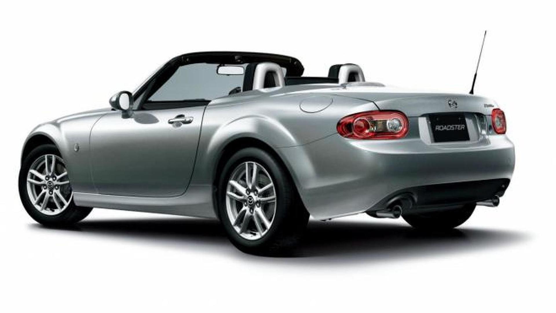 https://icdn-6.motor1.com/images/mgl/EY7qq/s1/2012-322484-2013-mazda-mx-5-facelift-05-07-20121.jpg