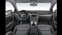 VW Golf Variant ganha versão com câmbio manual por R$ 83.990