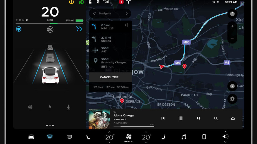 FM rádió nélkül értékesítik a Tesla Model 3-at, amiben szinte minden kijelzőről vezérelhető