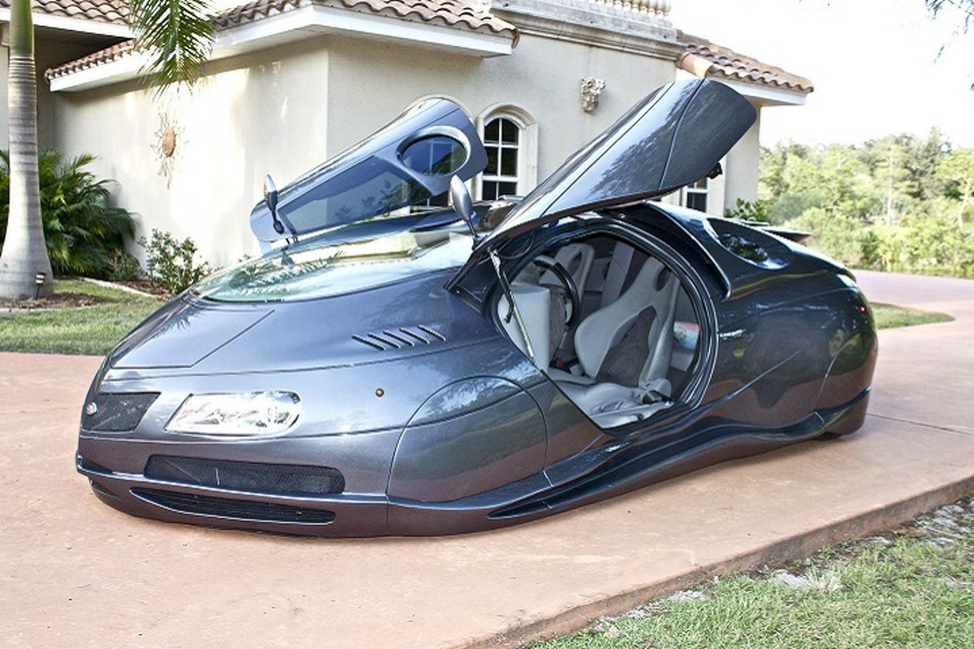 Amazing ETV Space Ship Kit Car Sells for $71,000