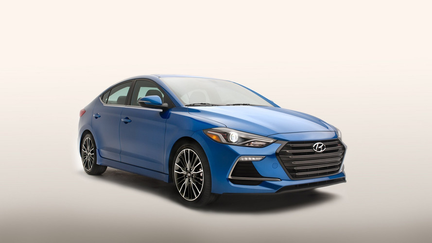 2017 Hyundai Elantra Sport unveiled with 200 hp & manual gearbox