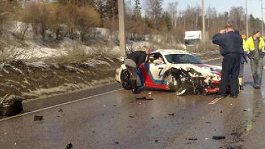 porsche 997 martini gt2 crashes in finland. Black Bedroom Furniture Sets. Home Design Ideas