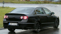 SPY PHOTOS: VW Passat R 36
