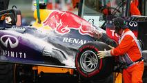 Fire damaged Red Bull RB9 of Mark Webber 06.10.2013 Korean Grand Prix