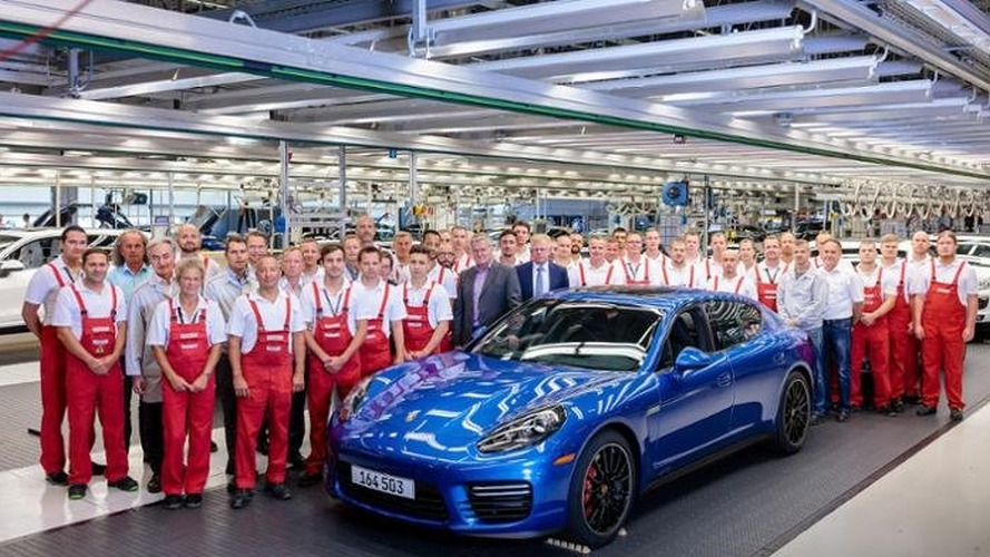 Final first-generation Porsche Panamera built
