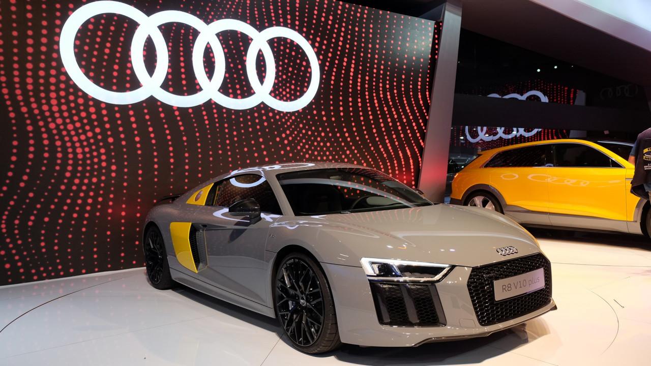 Vídeo: Felipe Nasr, piloto de F1, fala sobre o novo Audi R8 no Salão do Automóvel