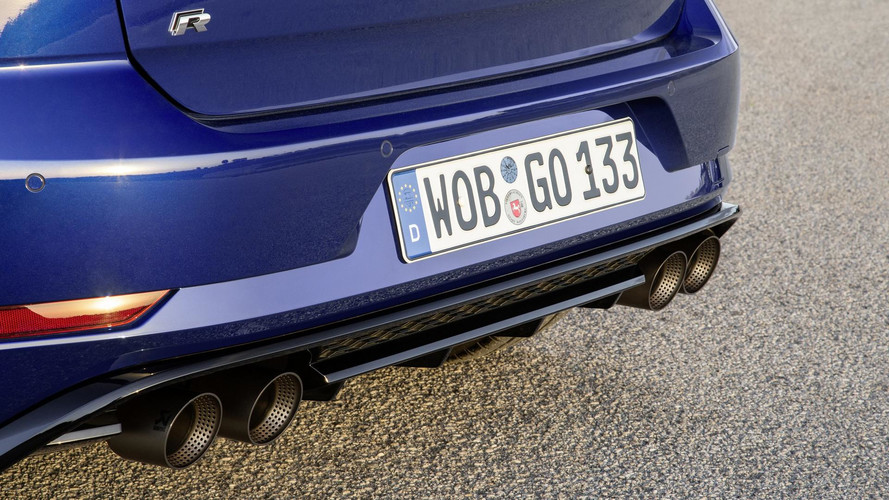 VW Golf R Performance Pack Has Akrapovic Exhaust, Lighter Brakes