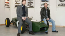 Jacques Villeneuve and Dany Bahar at Lotus 28.11.2009