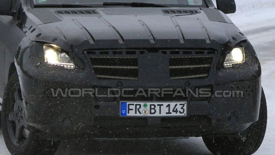 2012 Mercedes ML-Class First LED Daylight Running Lights Spy Photos