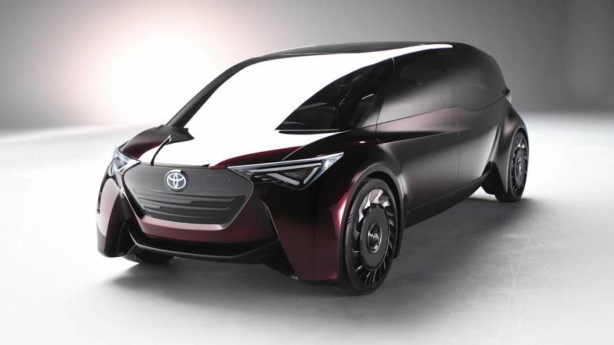 Toyota concept previews luxury hydrogen saloon for 2025