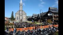Encontro nacional da Harley-Davidson reúne fãs da marca em Gramado (RS)