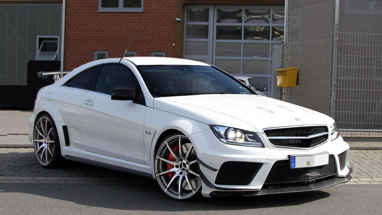 AMG C63 Coupé Black Series Evo by MOMOYAK