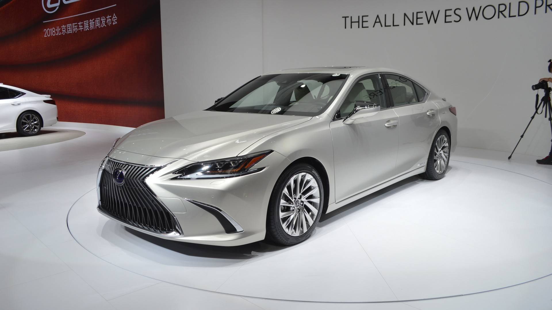 The All-New 2019 Lexus ES: Transformed For