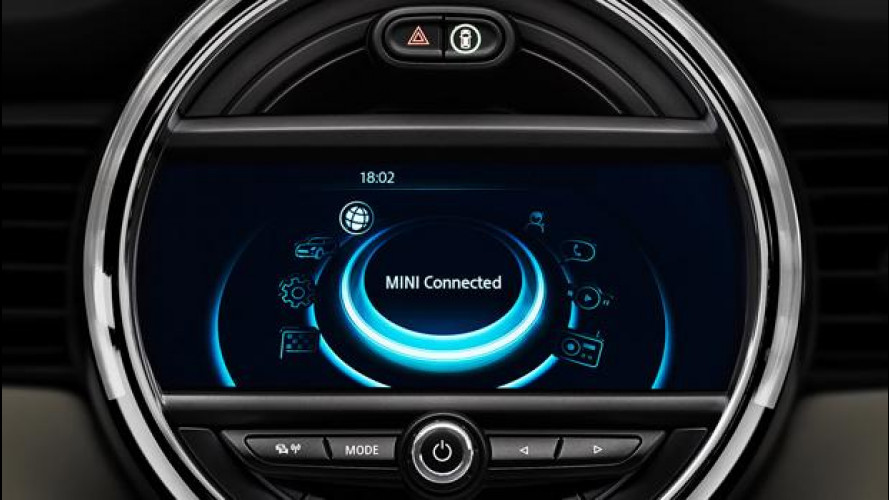 MINI Connected XL Journey Mate, l'assistente di viaggio