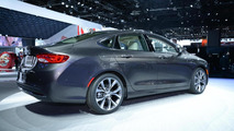 2015 Chrysler 200 live in Detroit