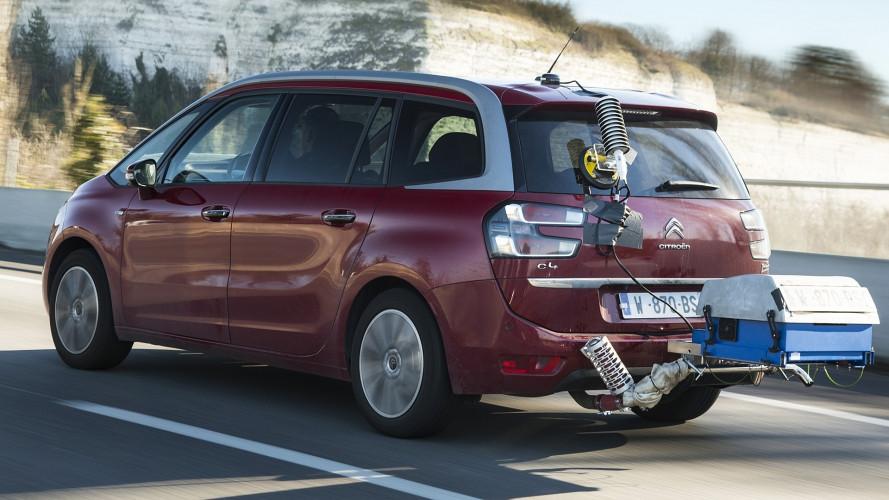 Consumi auto, differenze record fra quelli dichiarati e reali