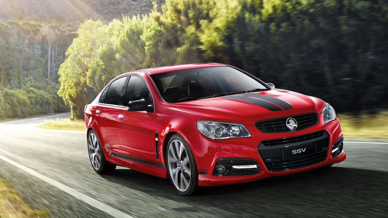 Holden VF Commodore with styling accessories 07.6.2013