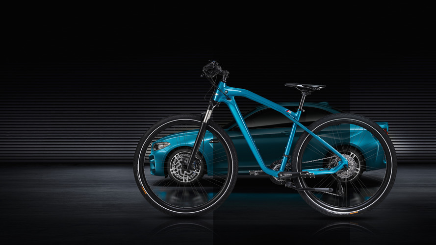 This is the BMW M2 Coupe of bikes