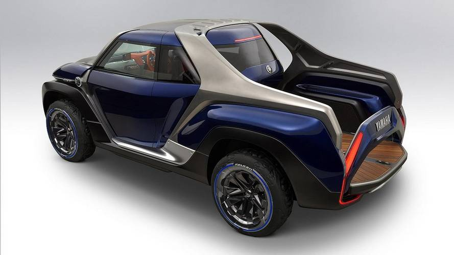 Yamaha Cross Hub is quirky pickup with central driving seat