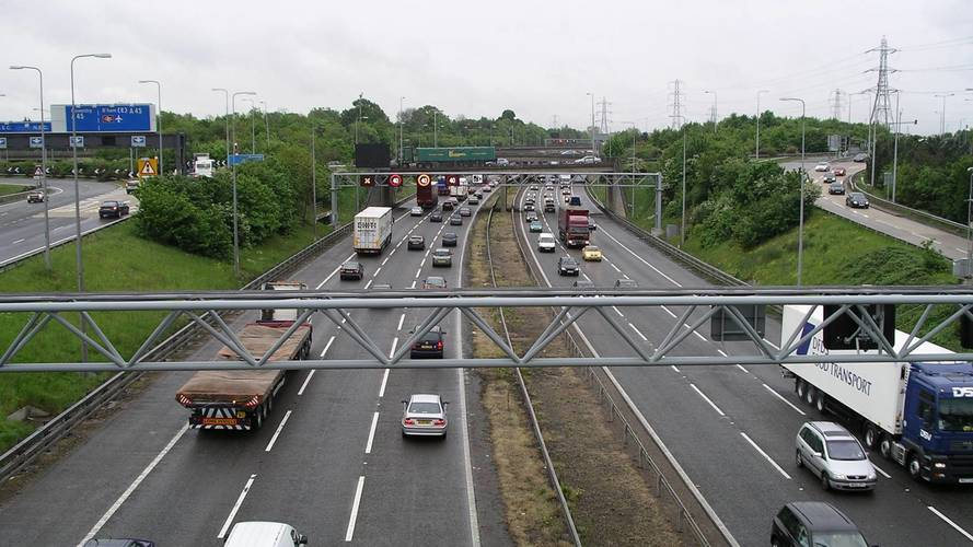 Motorway traffic falls as England kick off World Cup knockouts