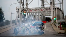 Ken Block tears up Buffalo in Gymkhana 9 002