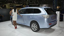 Mitsubishi Outlander PHEV at 2012 Paris Motor Show