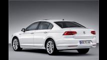 In Paris: VW Passat GTE