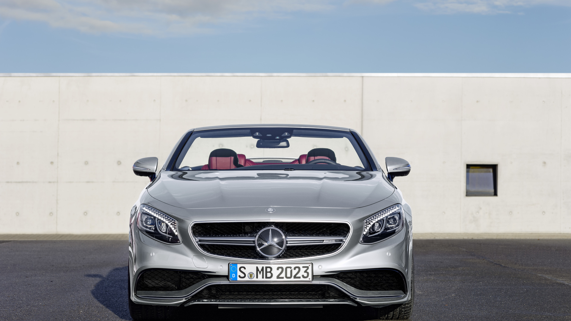 https://icdn-6.motor1.com/images/mgl/KmWj1/s1/mercedes-amg-s63-4matic-cabriolet-130-edition1.jpg