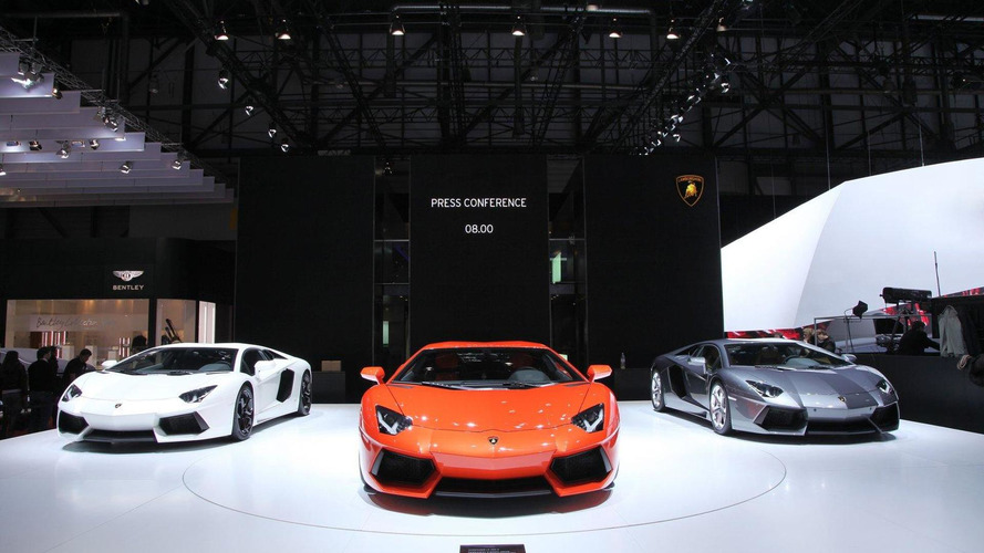 Lamborghini Aventador LP700-4 Roadster coming to Geneva - report