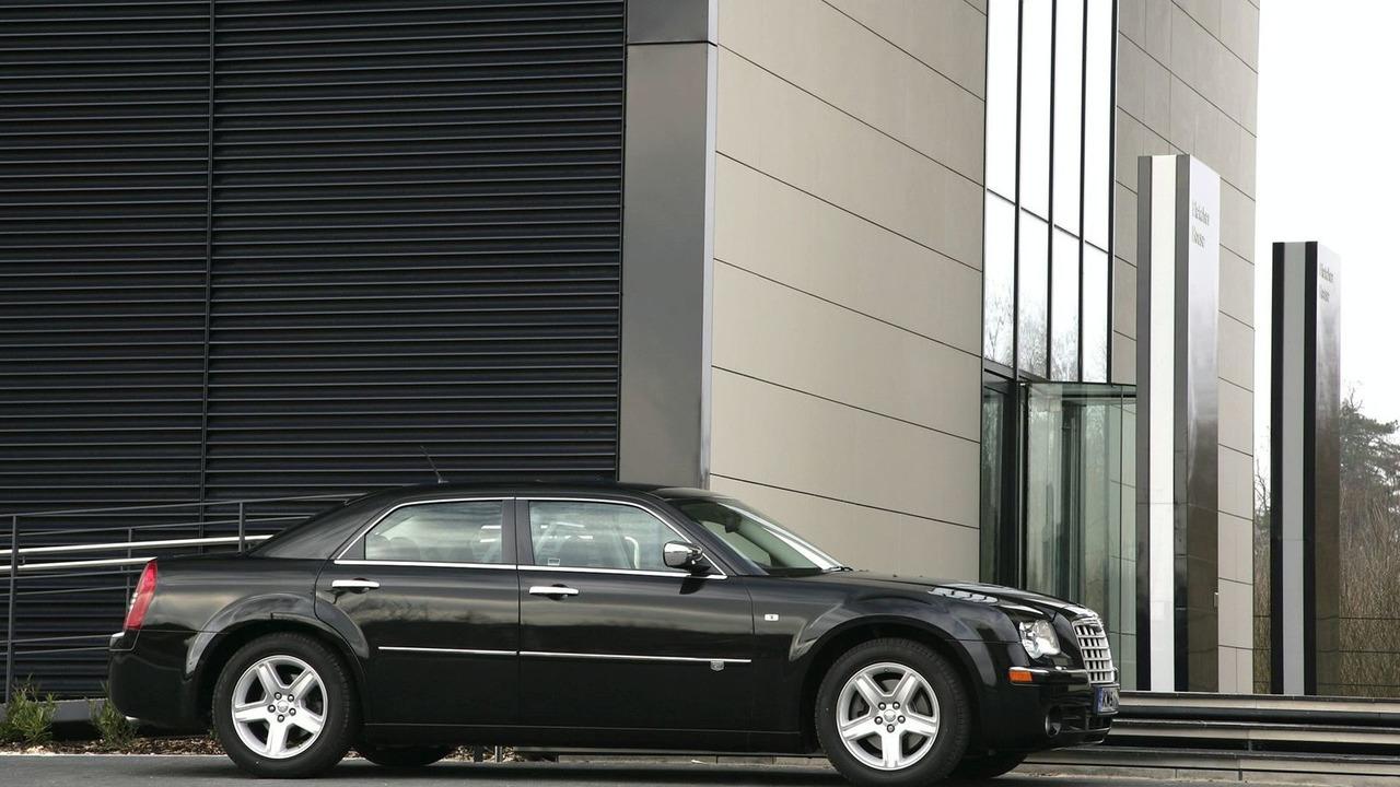 Chrysler 300C 2010MY